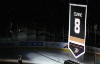 Ducks raise Selanne's jersey up to the rafters