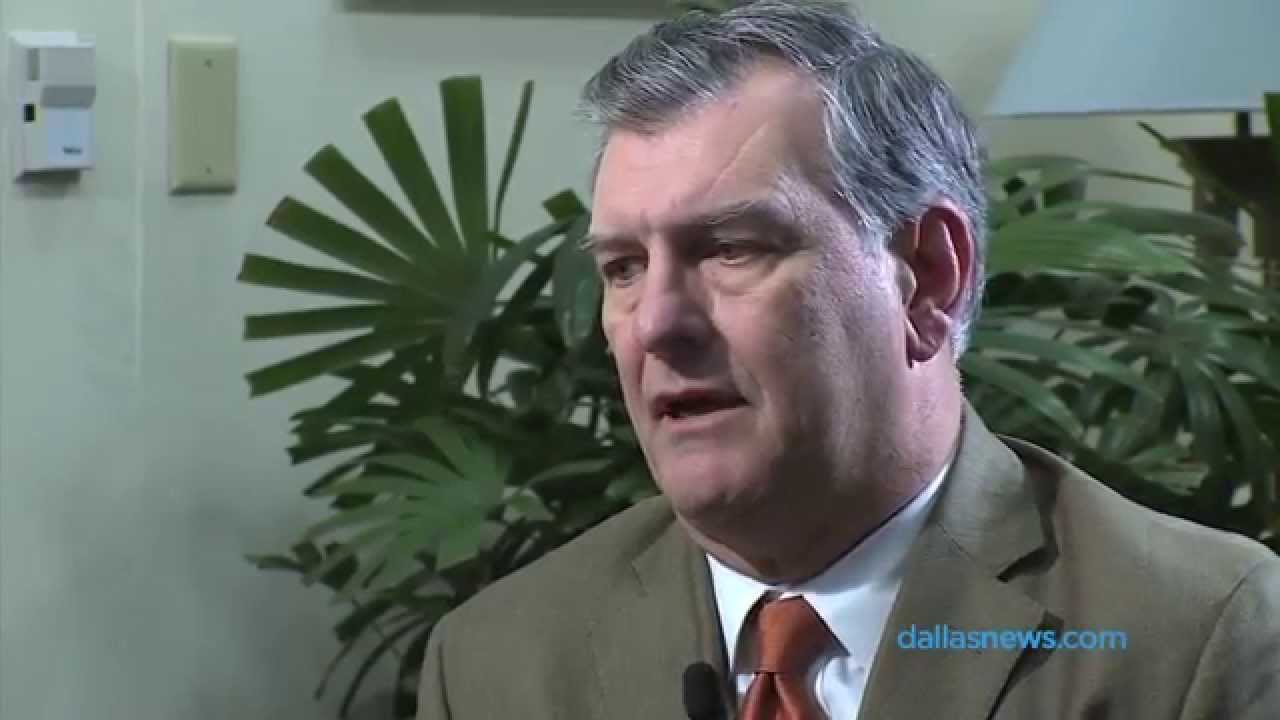 Dallas Mayor Mike Rawlings voices his displeasure with Greg Hardy signing