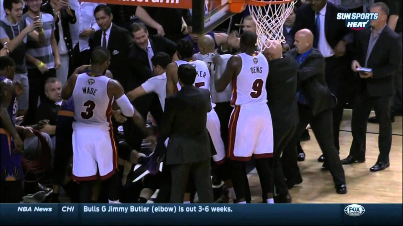 Hassan Whiteside & Alex Len get into tussle in Suns vs. Heat game
