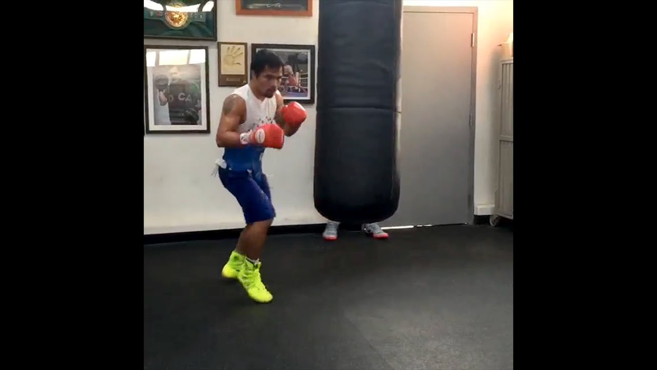 Manny Pacquiao training on heavy bag with 10 punch combos