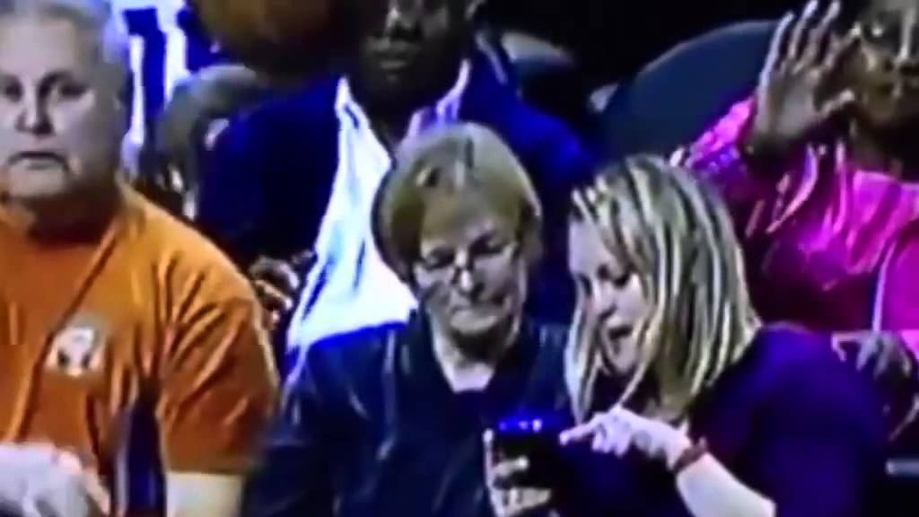 Woman gets clocked in the face by deflected pass at Charlotte Hornets game