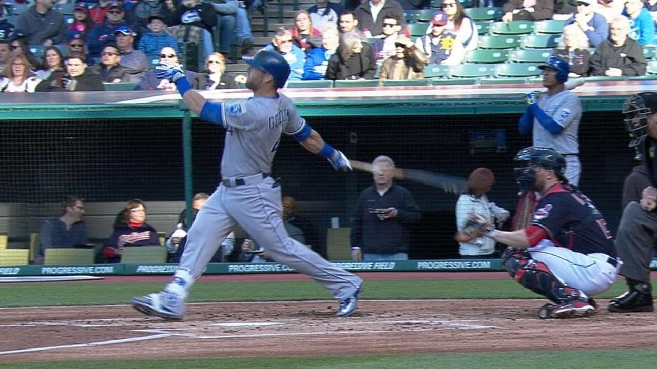 Alex Gordon destroys a baseball for the massive homer