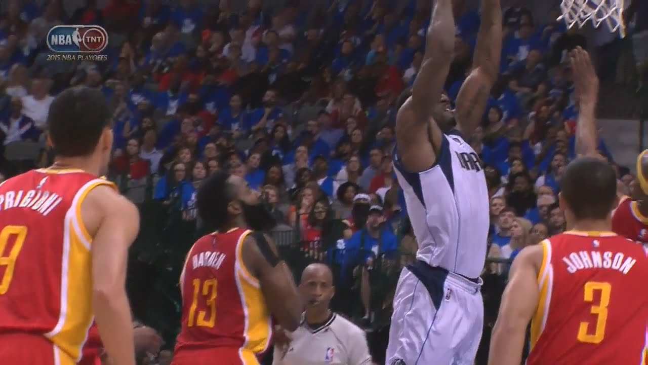 Amar'e Stoudemire spin moves off of James Harden for the slam