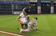 Astros mascot Orbit finds handkerchiefs on Josh Reddick