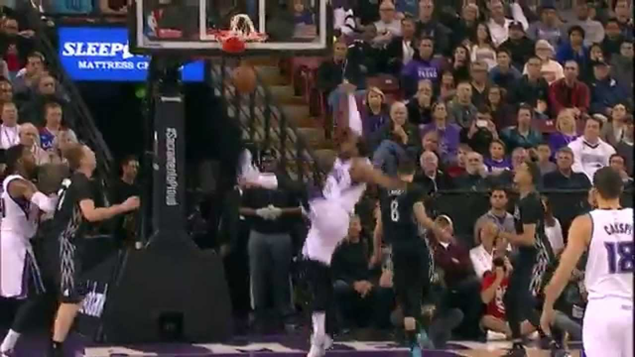 Derrick Williams throws down athletic put back slam