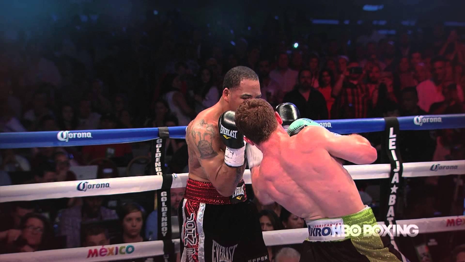 Canelo Alvarez knocks out James Kirkland with a hard blow