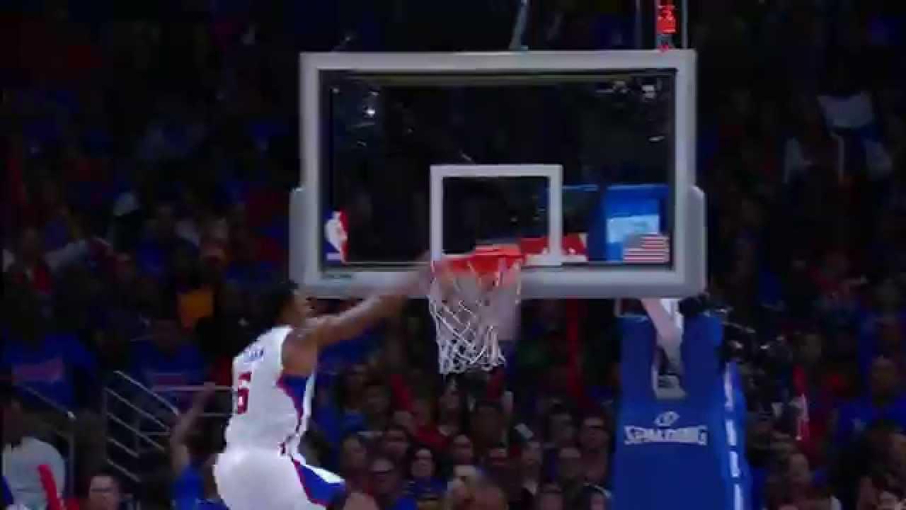 DeAndre Jordan throws down two massive alley-oops