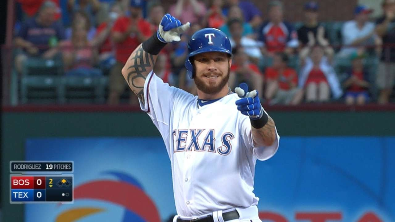 Josh Hamilton returns to Texas & doubles in first at bat
