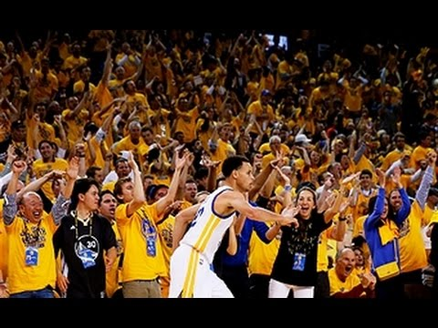 Stephen Curry hits the halftime buzzer beating jumper
