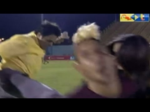 Venezuelan soccer player drilled with flying kick during interview