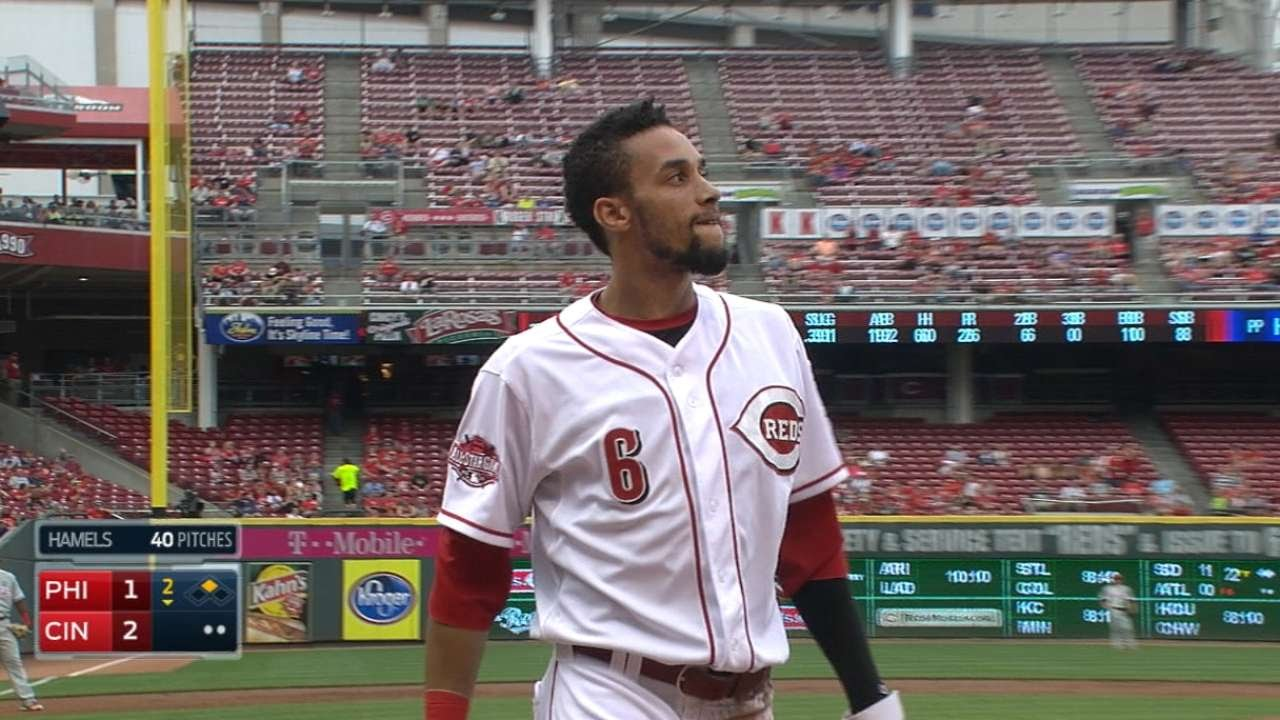 Billy Hamilton catches the Phillies sleeping & takes home
