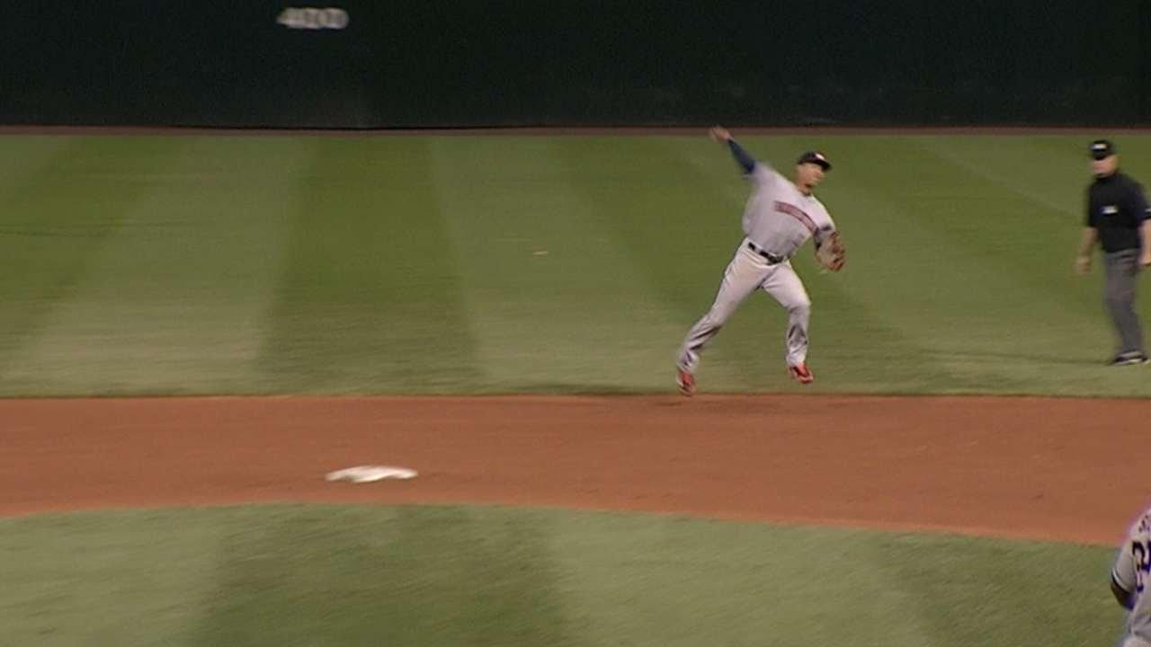 Carlos Correa spins to make a great play at short in his MLB debut