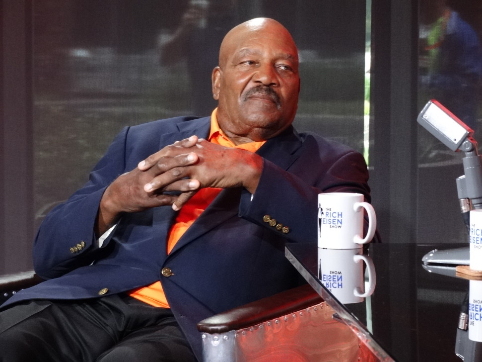 Hall of Famer Jim Brown talks Johnny Football with Rich Eisen