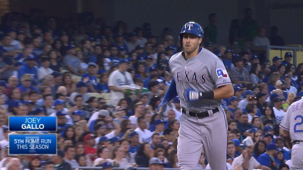 Joey Gallo takes Clayton Kershaw deep for a massive homer