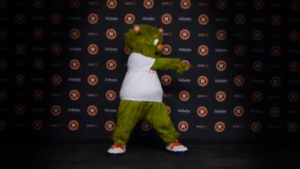 Orbit dances & campaigns #VoteAltuve for Jose Altuve for the MLB All-Star Game