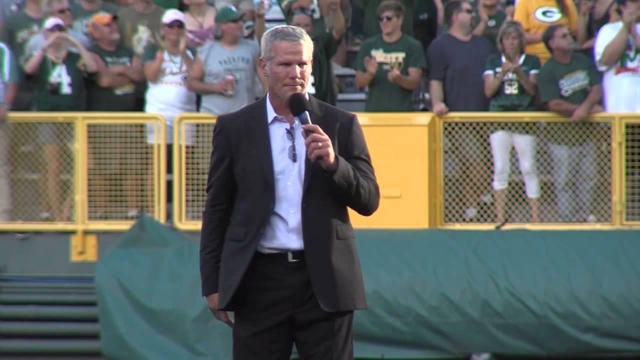 Brett Favre's emotional return to Lambeau Field