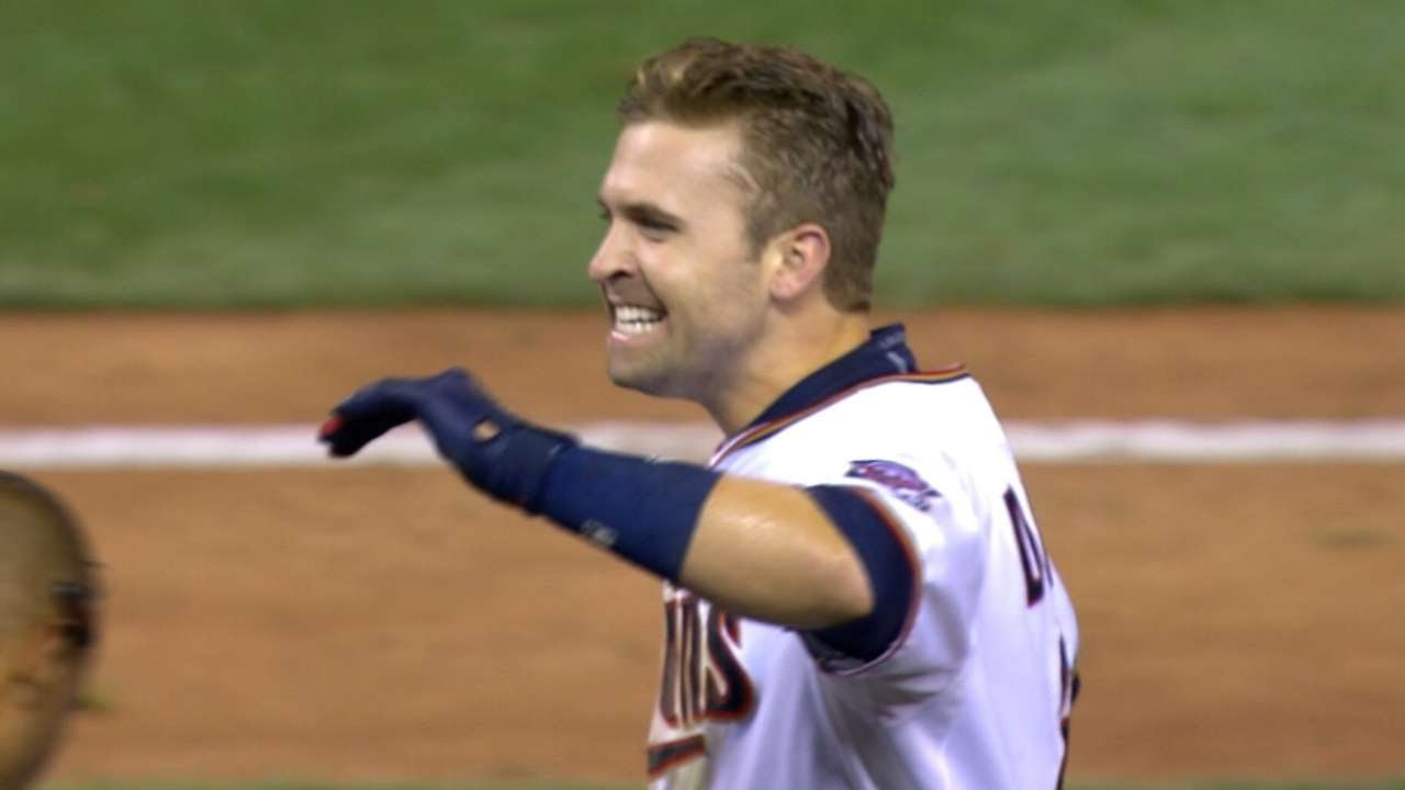 Brian Dozier hits a walk-off two-run homer in 10th