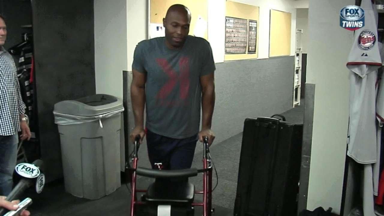 Damn: Twins celebrate Torii Hunter's birthday with a walker