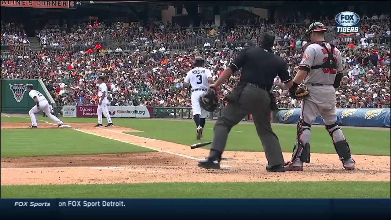 Ian Kinsler ejected after slamming bat
