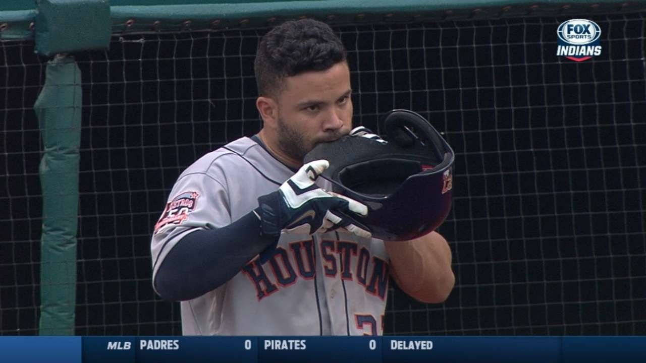 Jose Altuve caught gnawing on his batting helmet