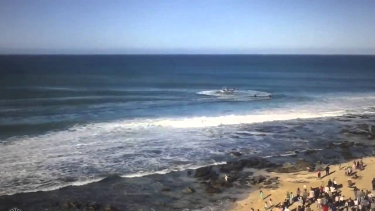 Surfer Mick Fanning escapes a Shark Attack at the J-Bay Open