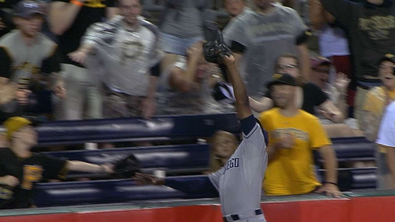 Tip Your Cap: Justin Upton soars to rob McCutchen of a homer