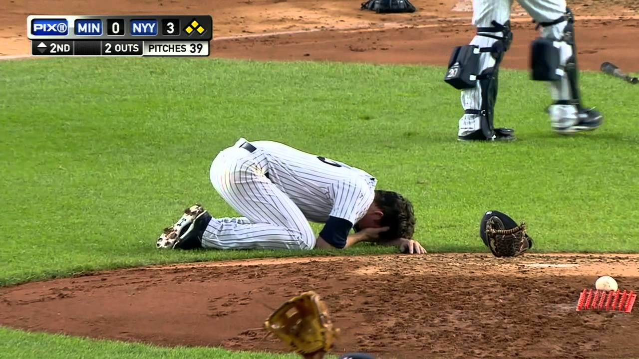 Yankees pitcher Bryan Mitchell hit in the face with line drive