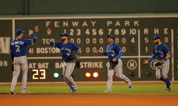 Jose Bautista tells Red Sox fans to look at the standings board & Joe Kelly eyes him down