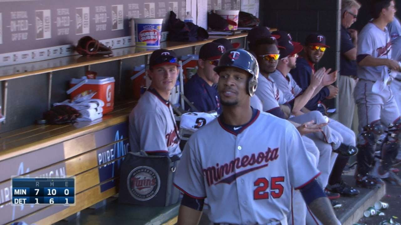 Byron Buxton hits his first career home run & gets silent treatment