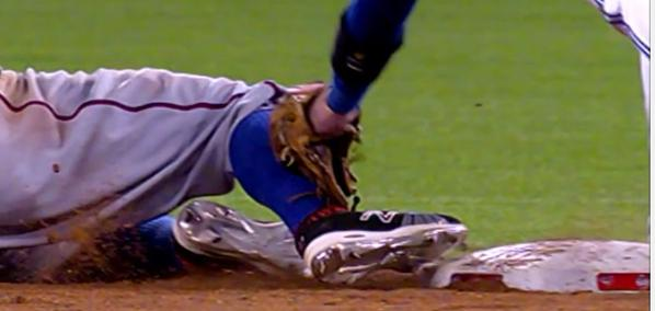 Rougned Odor called safe at 2nd base on questionable call