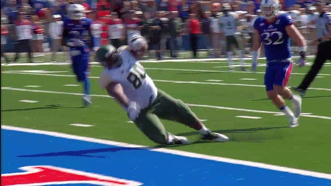 Baylor 400 pound TE LaQuan McGowan tumbles into end zone for touchdown