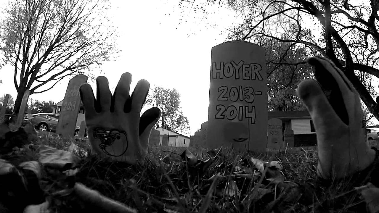 Family builds a Cleveland Browns QB graveyard for Halloween