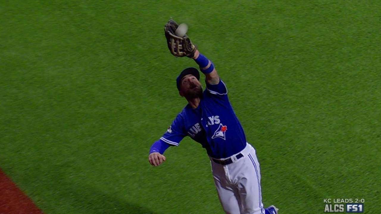 Kevin Pillar makes leaping grab & slams into the wall