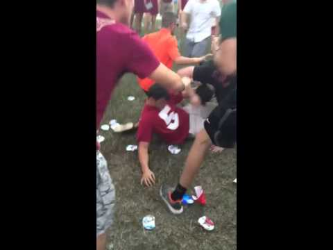 Miami Hurricanes fan punches multiple Florida State fans at tailgate