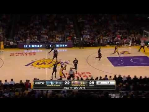 Nick Young beats the buzzer from long distance