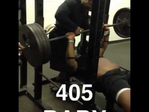 16 year old football player bench presses 405 LBS