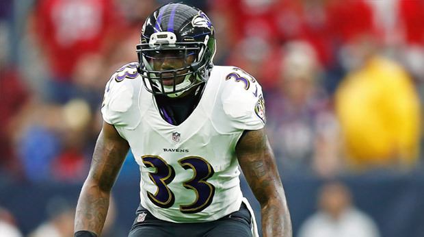 Ravens safety Will Hill makes a massive 'WWE' style hit