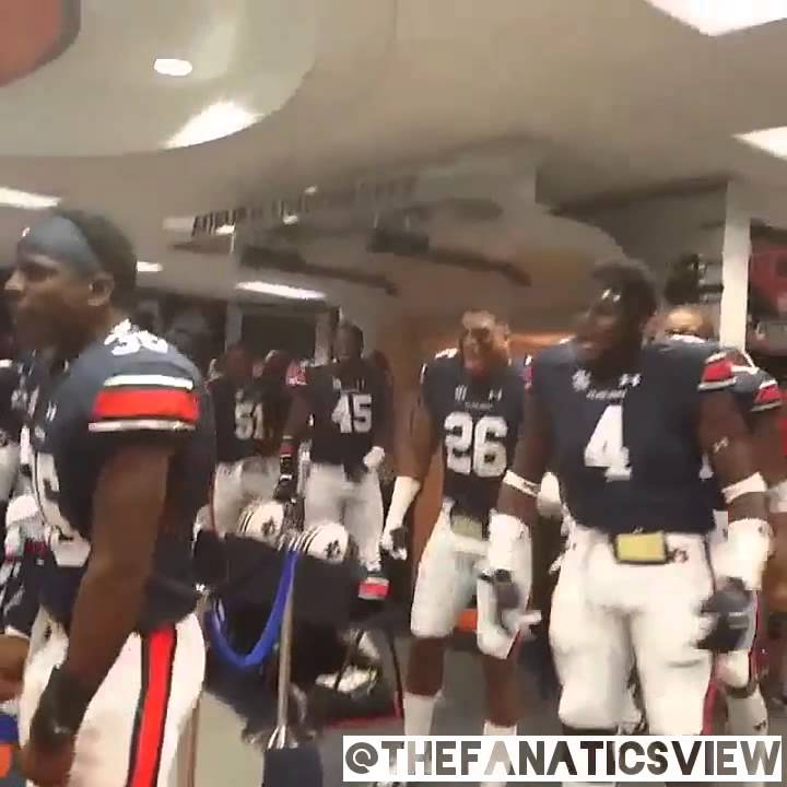 Cam Newton gets hyped from Auburn's Trovon Reed