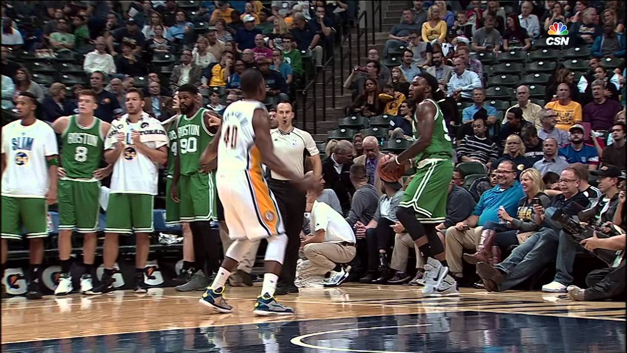 Jae Crowder nails Hail Mary full court end bounds pass