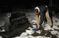 Jim Harbaugh smashes Buckeye nut at Bo Schembechler's grave