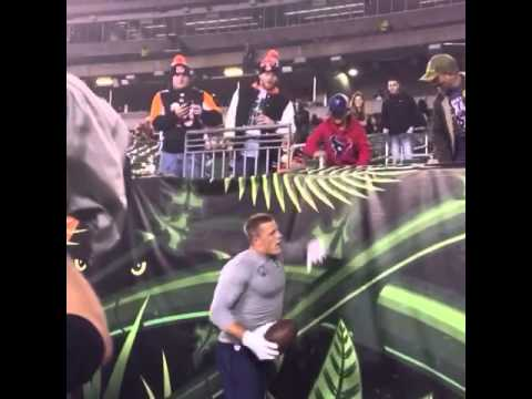 JJ Watt plays catch with Texans fans before MNF