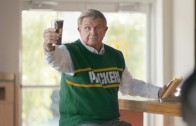 Mike Ditka wears Green Bay Packers attire in McDonald's commercial