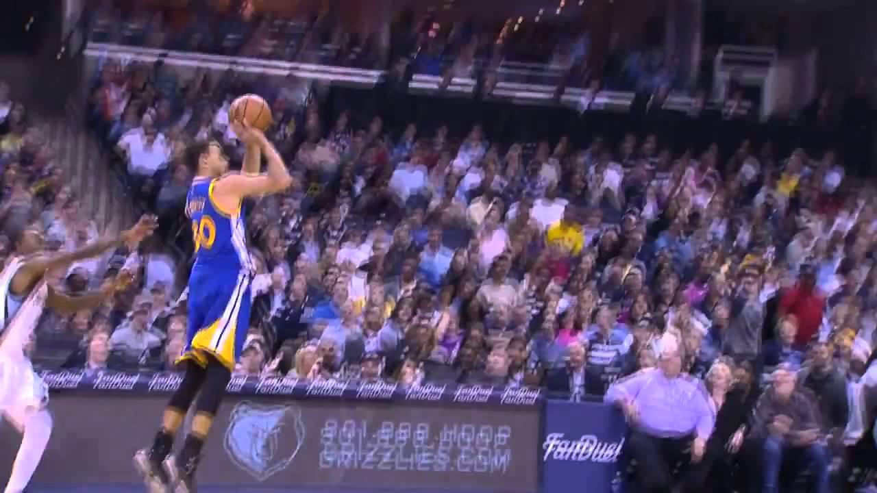 Steph Curry hits near half court buzzer beater