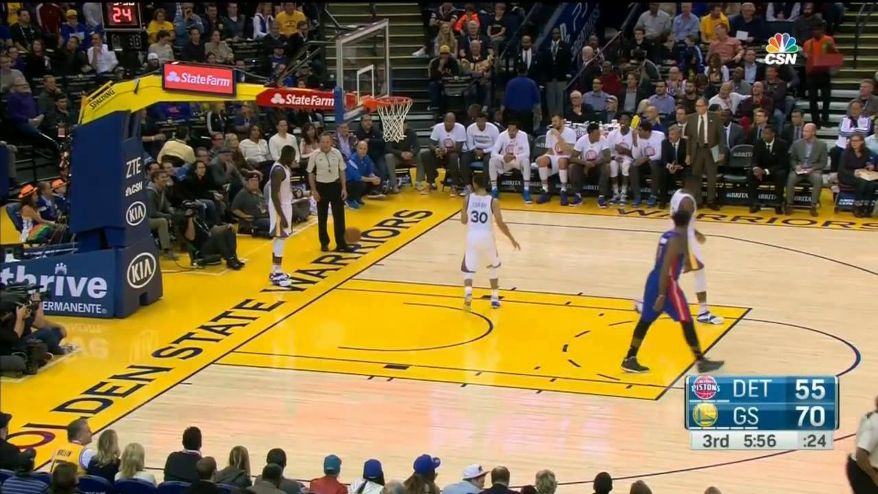 Steph Curry in bounds ball to himself via Draymond Green
