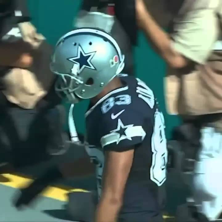 Terrance Williams & Dez Bryant get flagged for dabbing