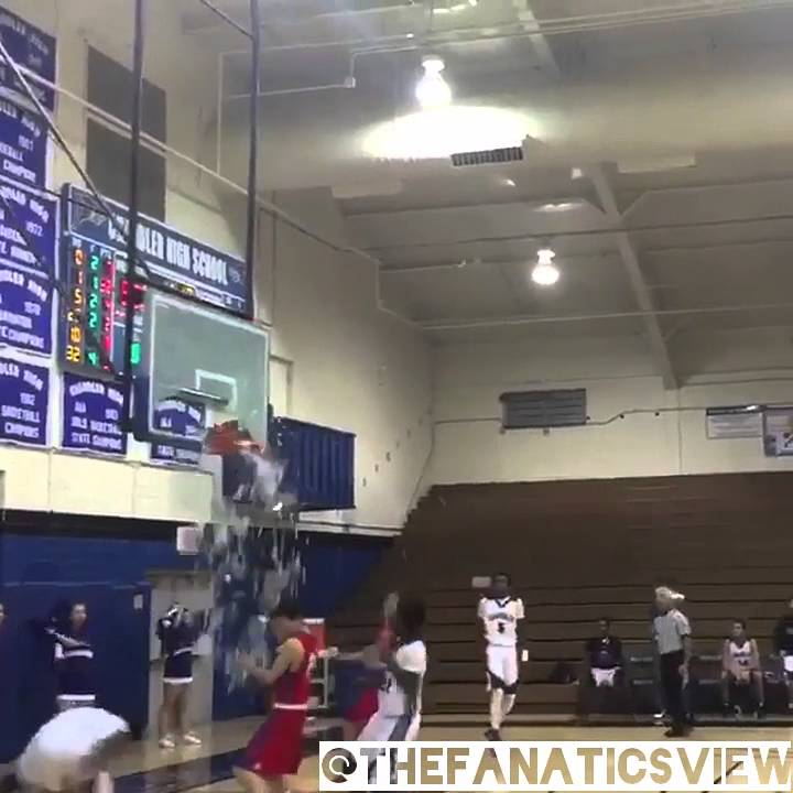 Arizona State commit N'Keal Harry smashes backboard with dunk