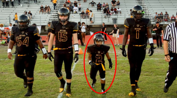 One of the nations best high schools has a 4-foot-5 running back