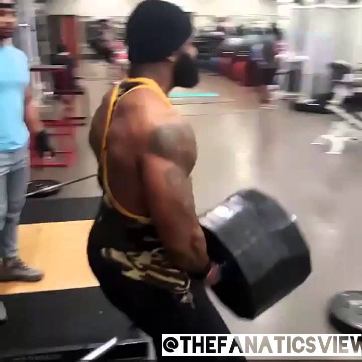 Former Cleveland Browns WR Braylon Edwards has turned Beast Mode