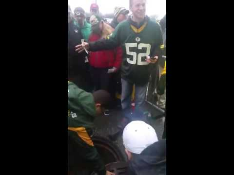 Green Bay Packers fan jumps into sewer for lost ticket