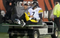 Bengals fans throw beer cans at Ben Roethlisberger while being carted off